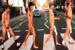 Beatles-abbey-road-parodie-35