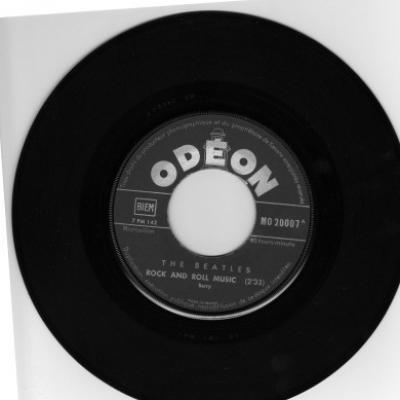 Rock'n'Roll Music - The Beatles : les secrets de l'album (paroles, tablature)