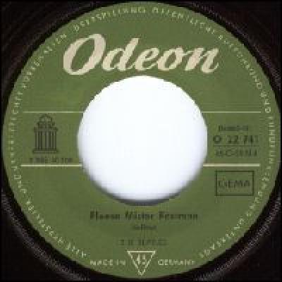 Please Mister Postman / Hold me tight - The Beatles : les secrets de l'album (paroles, tablature)