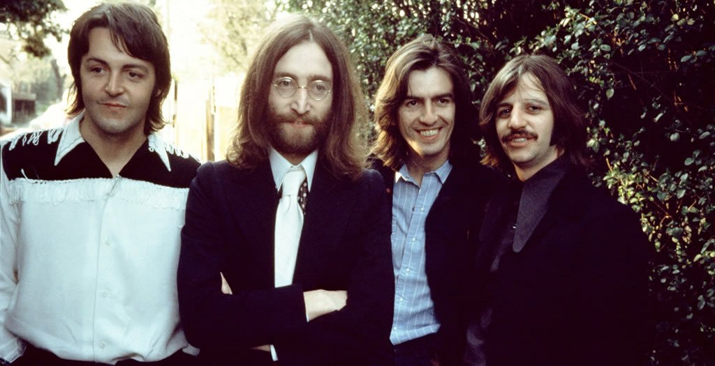 Vous Etes Tous Les Jours Plusieurs Milliers A Arriver Sur Le Site Yellow Sub Votre Dedie La Vie Et Loeuvre Des Beatles En Groupe Mais Aussi