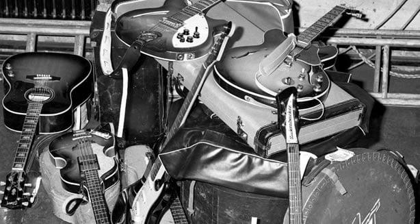 Les instruments utilisés par les beatles pour enregistrer les chansons des Beatles